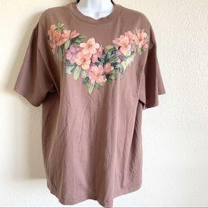 VTG floral hummingbird graphic t shirt